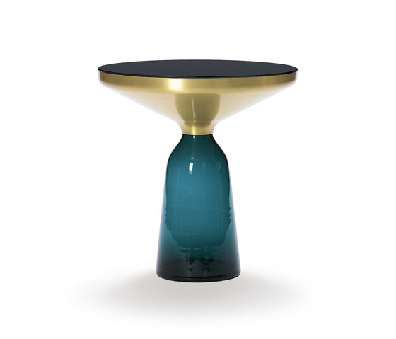 Bell Side Table brass-glass-blue de ClassiCon | Tables d'appoint