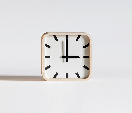 Mod by Tacchini Italia | Clocks