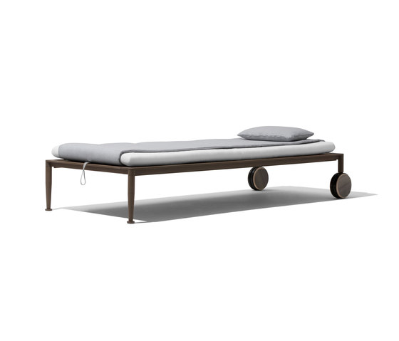 Gea Beach Lounger by Giorgetti | Sun loungers