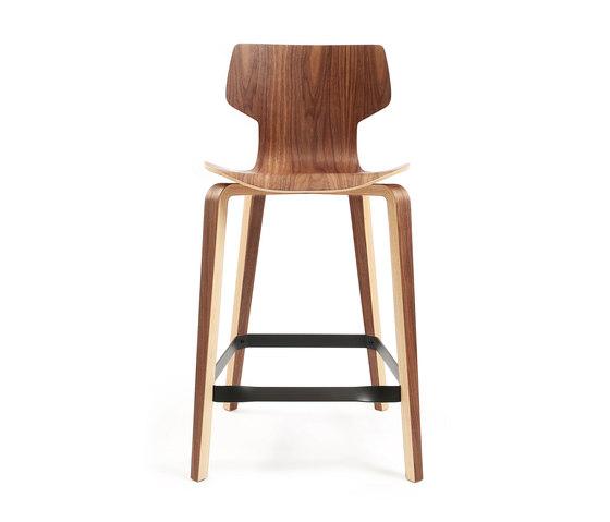 Gràcia | stool walnut 65 by Mobles 114 | Bar stools