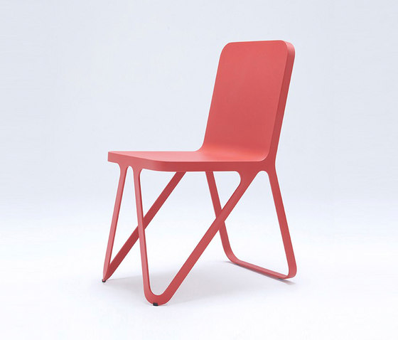 Loop Chair - coral red de NEO/CRAFT | Chaises de restaurant