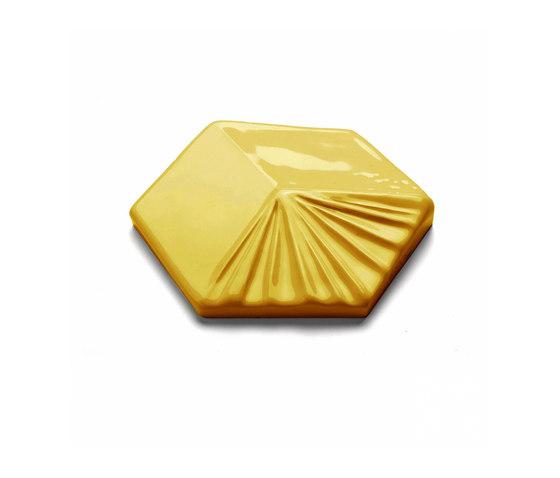 Mondego Tile Yellow Sun di Mambo Unlimited Ideas | Piastrelle ceramica