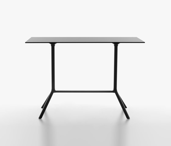 Miura table extended base by Plank | Dining tables