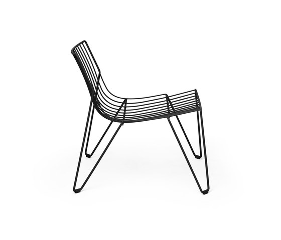 Tio Easy Chair by Massproductions | Armchairs