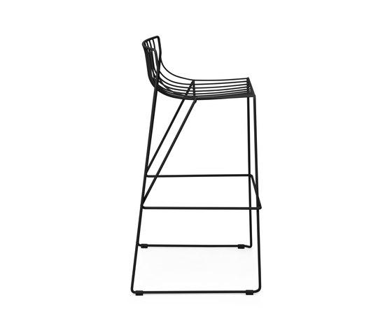 Tio Bar Stool 75 by Massproductions | Bar stools