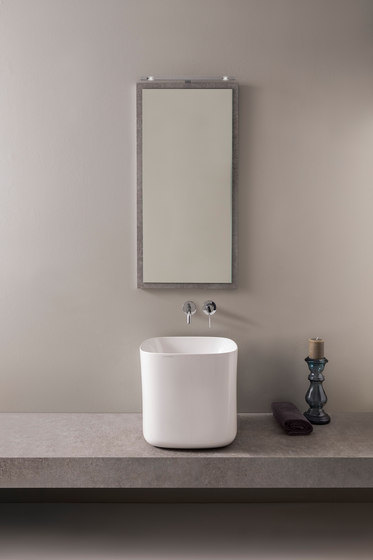 Moon | 42 H40 by Scarabeo Ceramiche | Wash basins