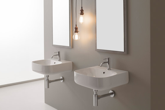 Moon | 50R H15 by Scarabeo Ceramiche | Wash basins