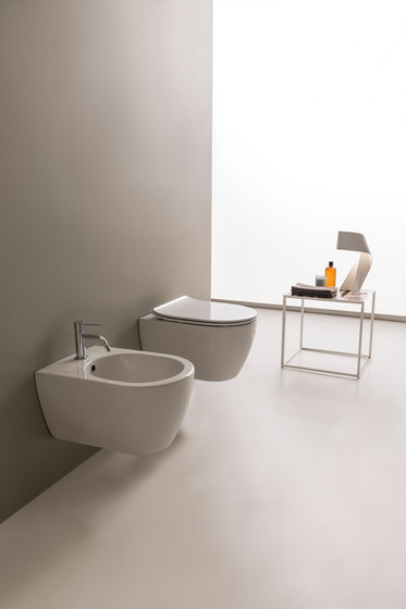 Moon | Hung Bidet by Scarabeo Ceramiche | WC