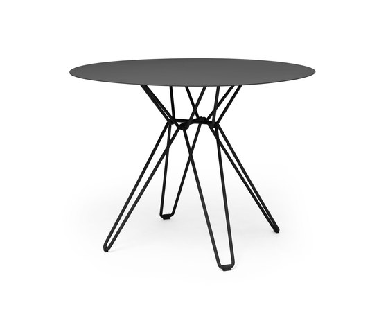 Tio Dining Table D100 by Massproductions | Dining tables