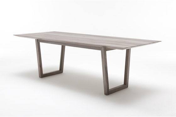 Rolf Benz 924 by Rolf Benz | Dining tables