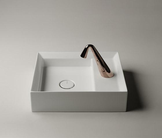 Cut Sink | 45 x 38 h12 by Valdama | Wash basins