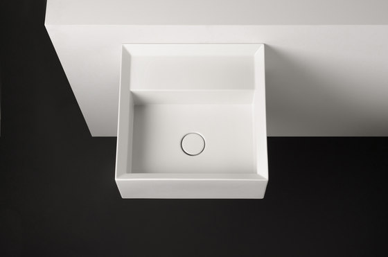 Cut Sink | 45 x 45 h20 by Valdama | Wash basins