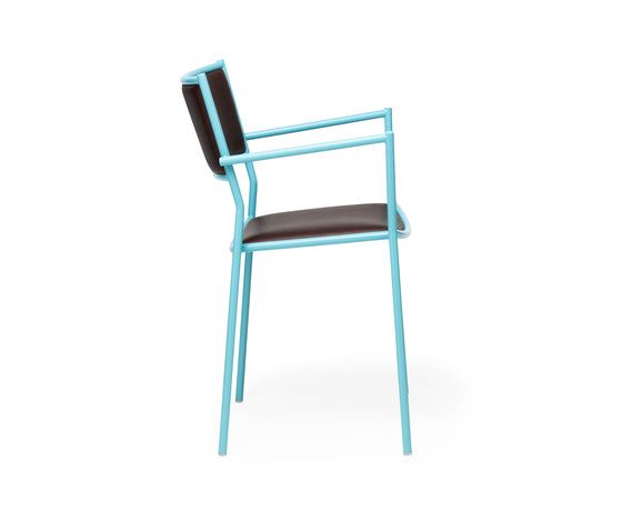Jig Armchair de Massproductions | Sillas multiusos