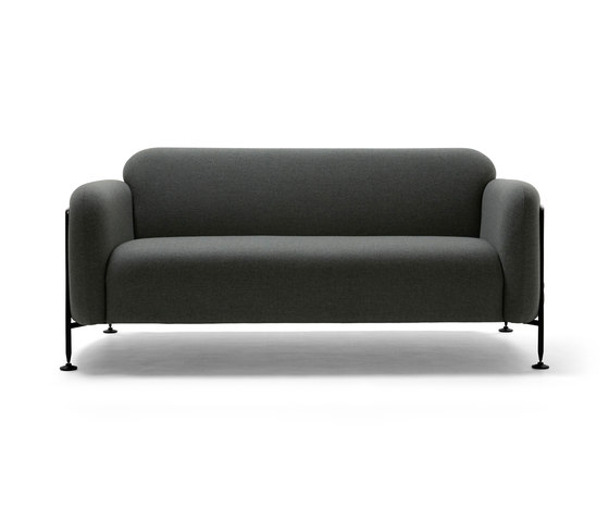 Mega 2 Seater Sofa de Massproductions | Canapés d'attente