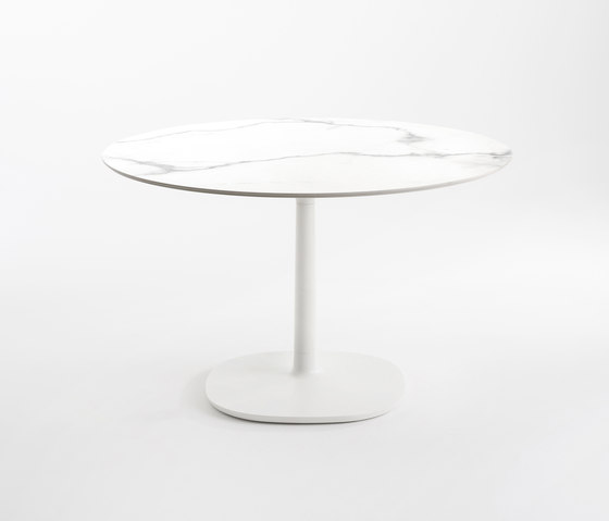 Multiplo by Kartell | Dining tables