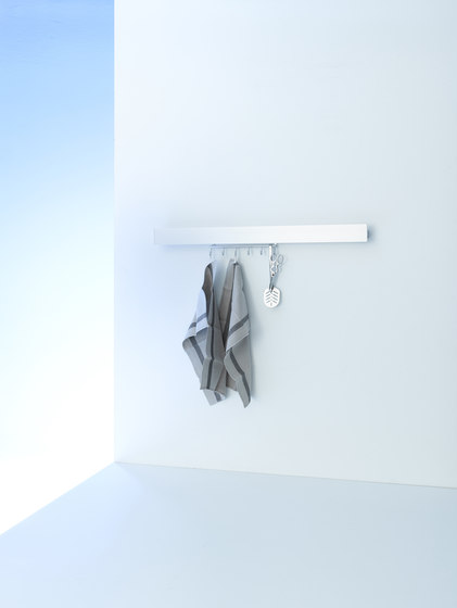 Coat rack light | GERA light system 8 de GERA | Appliques murales