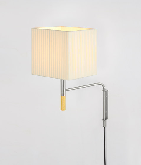 BC1 | Wall Lamp di Santa & Cole | Lampade parete