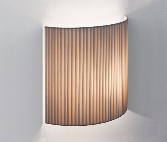 Comodín | Wall Lamp by Santa & Cole | Wall lights