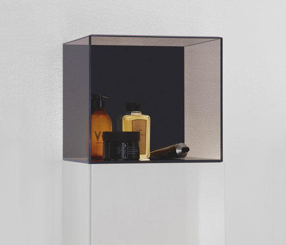 Yumo | Mid Height cabinet by burgbad | Wall cabinets