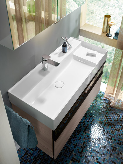 Yumo | Mineral cast washbasin incl. vanity unit di burgbad | Mobili lavabo