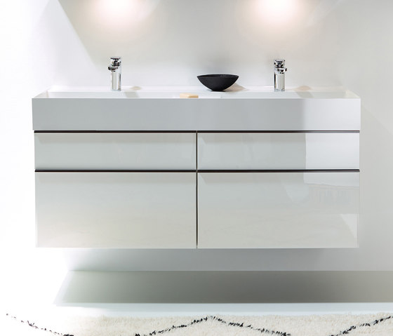 Yumo | Mineral cast washbasin incl. vanity unit de burgbad | Armarios lavabo