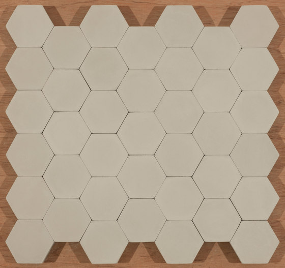 Hexagon-grey di Granada Tile | Piastrelle cemento