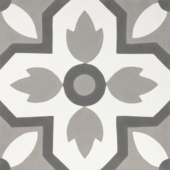 Flor - 708 L di Granada Tile | Piastrelle cemento