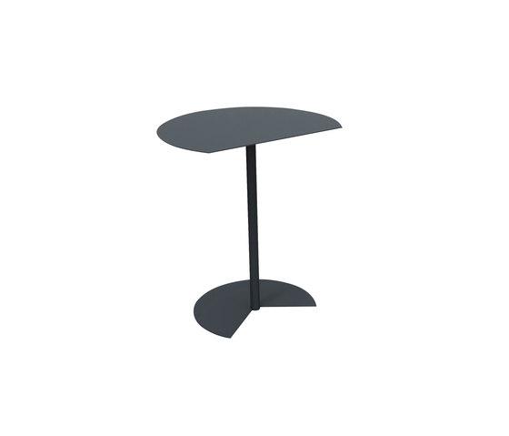 Way Sofa di MEMEDESIGN | Tavolini di servizio da giardino