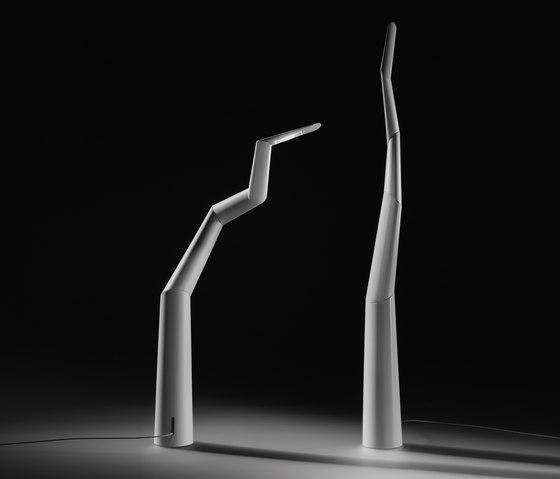 Spyre de Ingo Maurer | Lámparas de sobremesa