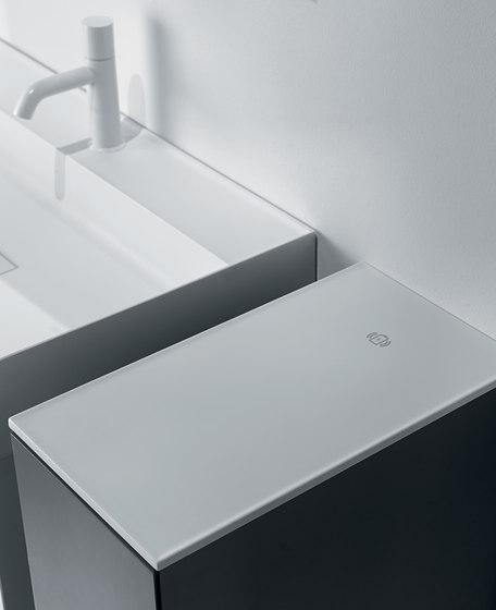 Quattro.Zero Accesorios de baño de Falper | Armarios de baño
