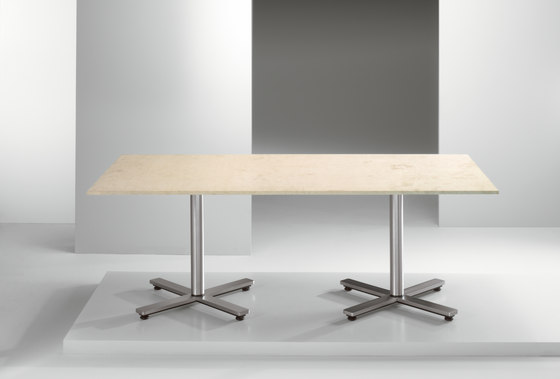 Savona | Table de Cumberland Furniture | Mesas contract