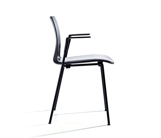 Mood 4 Legs by Randers+Radius | Chairs