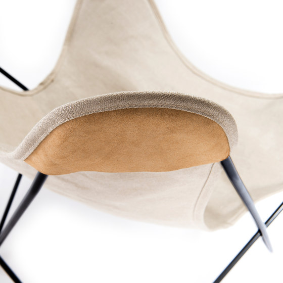 Hardoy | Butterfly Chair | Linen by Manufakturplus | Armchairs