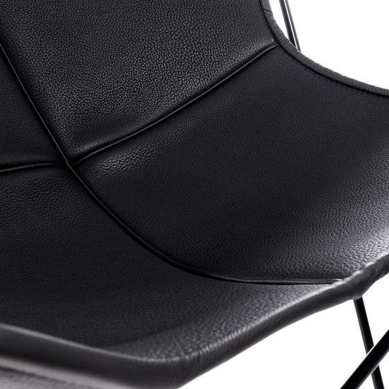 Hardoy   Butterfly Chair   Neck Leather by Manufakturplus   Armchairs