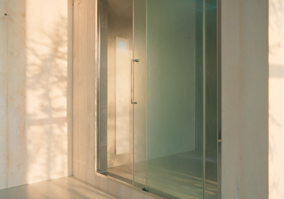 Spazioslide 160 | doors and glass panels by EFFE PERFECT WELLNESS | Saunas