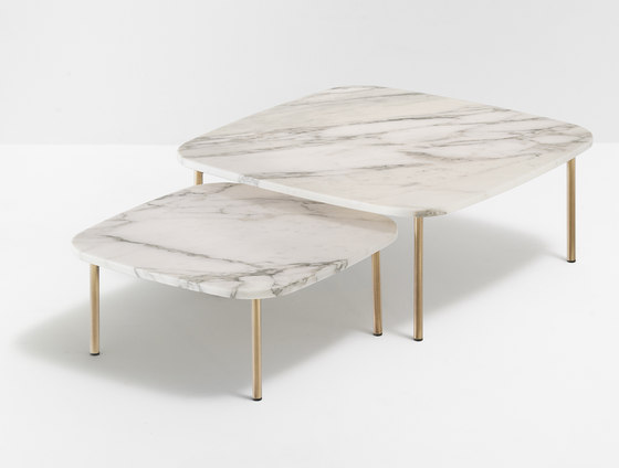 Buddy table 59x59 by PEDRALI | Lounge tables