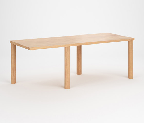 Off by Atelier Areti | Dining tables