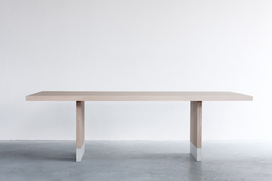Common dining table by Van Rossum | Dining tables