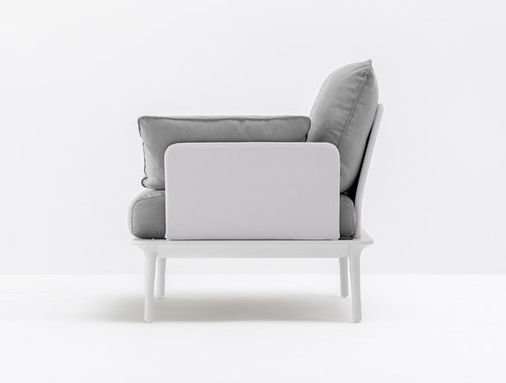 Reva Armchair by PEDRALI | Armchairs