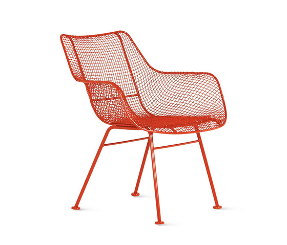 Sculptura Occasional Chair di Design Within Reach | Sedie
