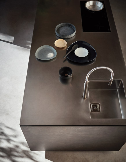 Maxima 2.2 | Composition 2 by Cesar | Fitted kitchens