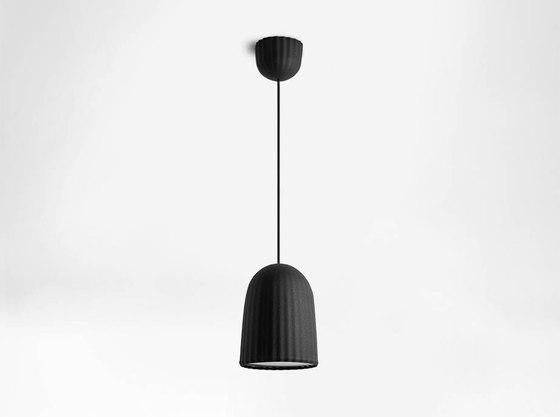 Chains   Simple Pendant Lamp de Petite Friture   Lámparas de suspensión