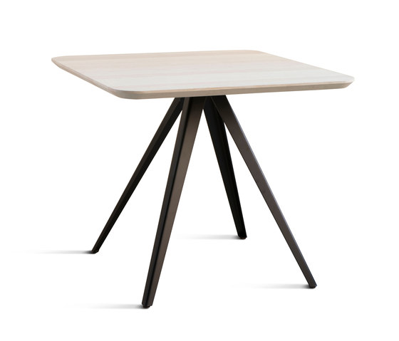 Aky contract table 0099-4 by Trabà | Dining tables