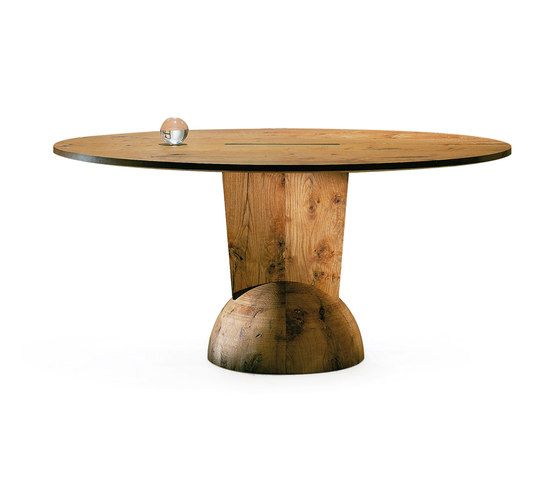 Brancusi | Table de Estel Group | Tables de repas
