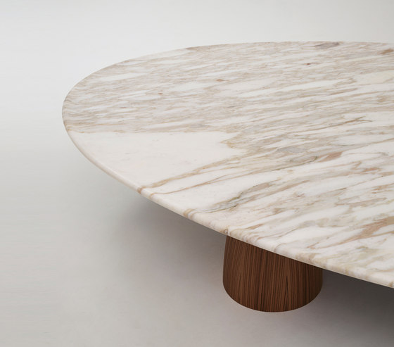 Lunique low table de Promemoria | Tables basses