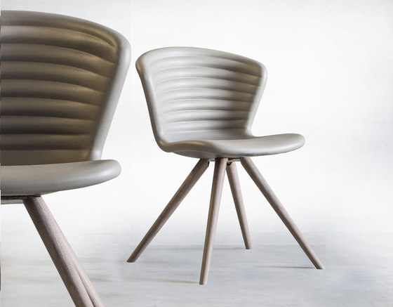 Marshmallow | 919.L1 by Tonon | Chairs