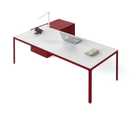 More | Single Desk di Estel Group | Scrivanie