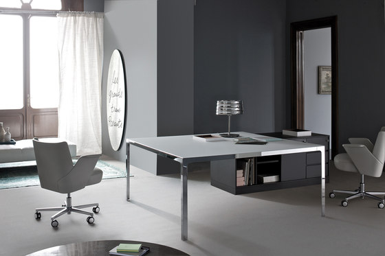 More | Single Desk di Estel Group | Scrivanie individuali