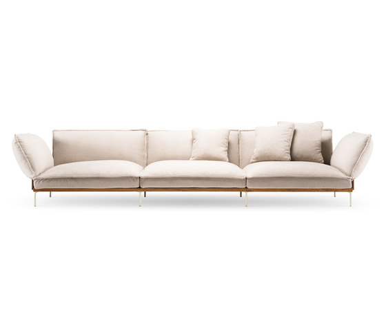 Jord Sofa 3 seater with armrests di Fogia | Divani