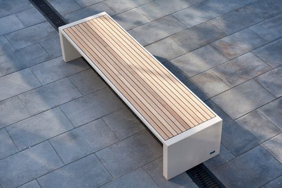 Prima Marina | Backless Bench by Escofet 1886 | Benches